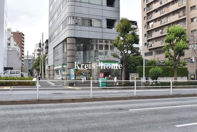 コンフォリア新宿[周辺施設]コンビニ
