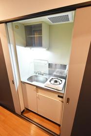 ピュアドームプログレッソ天神 : 5階キッチン