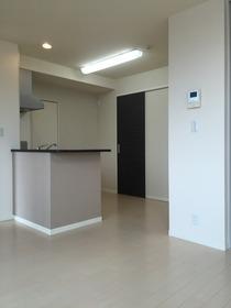 https://image.rentersnet.jp/c6178380bf627badb2483625845586f7_property_picture_1993_large.jpg_cap_居室