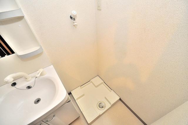 ハートハイム 嬉しい室内洗濯機置場。これで洗濯機も長持ちしますね。