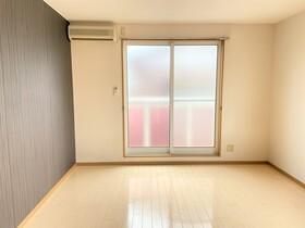 https://image.rentersnet.jp/c67630dd-d24b-4b0b-93ce-511a264d7aa8_property_picture_2419_large.jpg_cap_居室