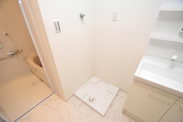 グロースコート弥刀 洗濯機置場が室内にあると本当に助かりますよね。
