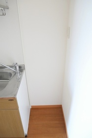 https://image.rentersnet.jp/c6ff376d-68ed-41bc-940a-ef1265651066_property_picture_2419_large.jpg_cap_居室