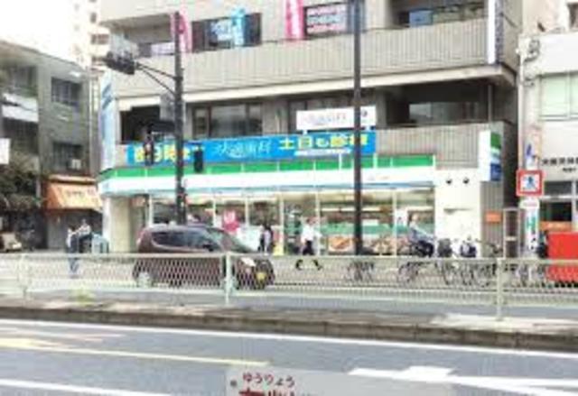 ファミリーマート北巽駅西店