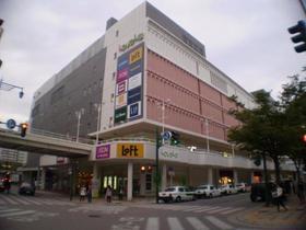 https://image.rentersnet.jp/c71d5948-dfde-4198-bca4-570f9a62da40_property_picture_2418_large.jpg_cap_ラブラ万代イオン食料品店