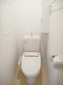 https://image.rentersnet.jp/c72ff51e-f204-452e-b7d3-9219215054dc_property_picture_3520_large.jpg_cap_トイレ