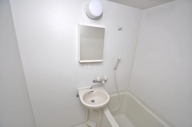 アメニティ深江橋 可愛いいサイズの洗面台ですが、機能性はすごいんですよ。