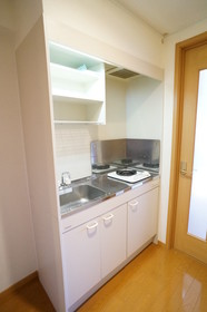 https://image.rentersnet.jp/c7696572-d247-4418-a221-85280a1b1d2a_property_picture_960_large.jpg_cap_他号室。参考写真