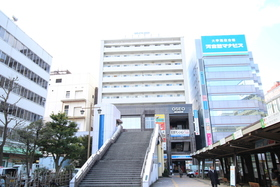 https://image.rentersnet.jp/c794dfc2-f71f-4c42-972e-112d67b37e13_property_picture_2418_large.jpg_cap_外観