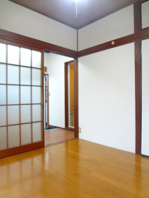 ハイツ司居室
