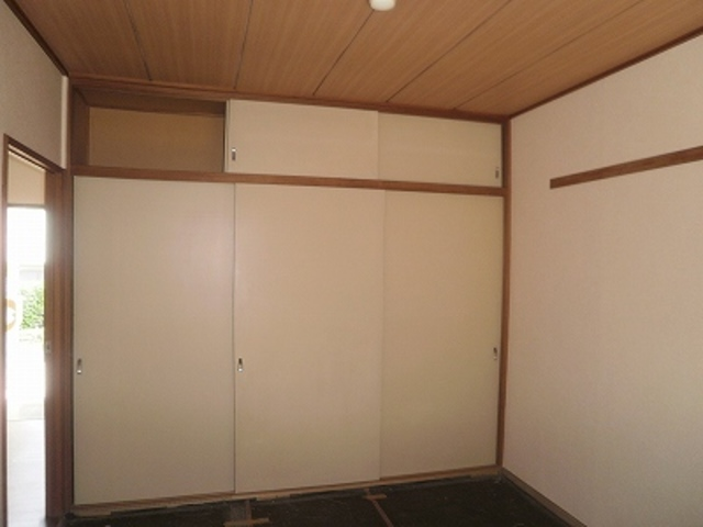 綿貫ハイツA居室