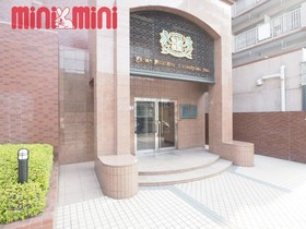 ライオンズマンション姪浜第二立派なエントランスです。