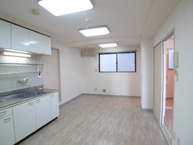 ドミール新田 202号室