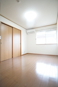 ※同建物の別室参考写真です。