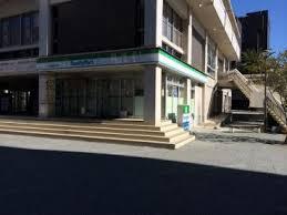 大宝菱屋西ロイヤルハイツ ファミリーマート大阪商大西店