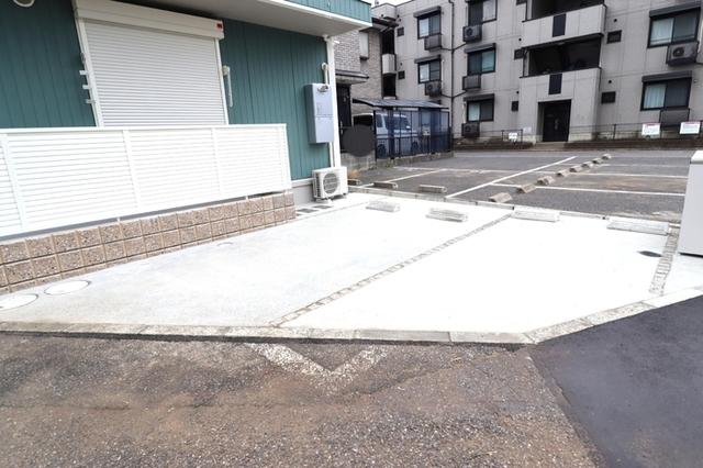 ノルン駐車場