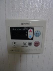 ハイツ梅沢 102号室