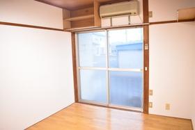 https://image.rentersnet.jp/c92638ce-10af-4805-a7d2-a83f9c505816_property_picture_953_large.jpg_cap_居室