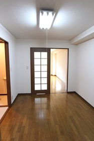 カーサベルデ 302号室