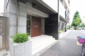 恵比寿駅 徒歩11分エントランス
