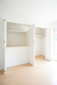 コマフィルハウス�U 201号室