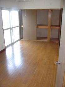 https://image.rentersnet.jp/c97cc789-069f-41e6-ac85-e65a11ee4a25_property_picture_959_large.jpg_cap_ダイニング