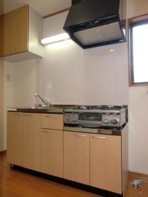 https://image.rentersnet.jp/c9e9af6a-82dd-4ee3-96cb-92bfb8c59f79_property_picture_2419_large.jpg_cap_キッチン