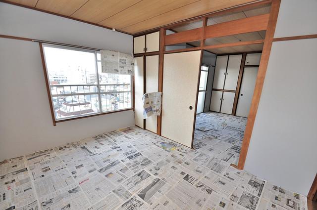 小阪ビル 6帖の和室が2間あるので、とてもゆったりとしていますよ。