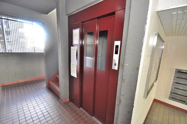 サンリッツ巽 嬉しい事にエレベーターがあります。重い荷物を持っていても安心