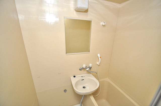 ルヴェール光陽園 可愛いいサイズの洗面台ですが、機能性はすごいんですよ。