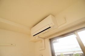 https://image.rentersnet.jp/ca2d598e-2cad-41b0-a1f4-33531f49996b_property_picture_962_large.jpg_cap_エアコン完備