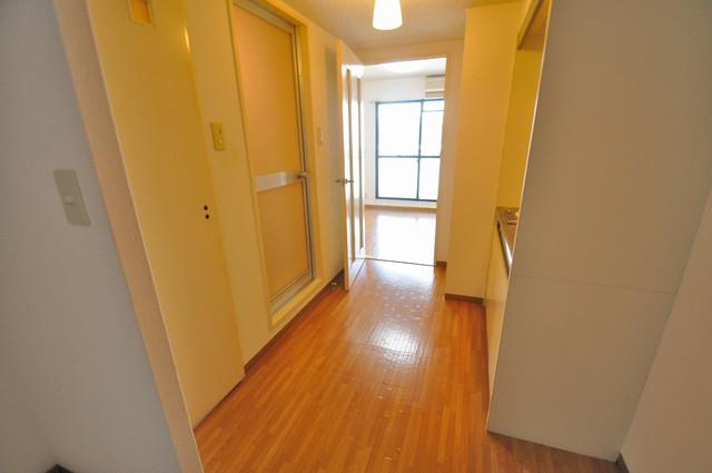 コーポラス光進 素敵な玄関は毎朝あなたを元気に送りだしてくれますよ。