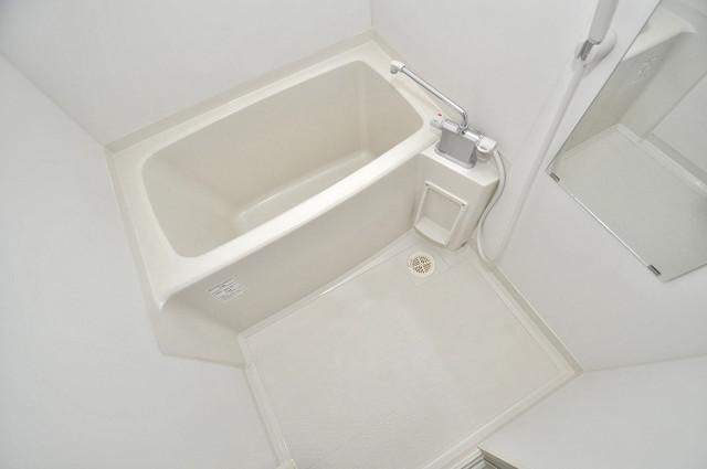 サイプレス小阪駅前 ちょうどいいサイズのお風呂です。お掃除も楽にできますよ。