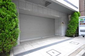 メインステージ千代田岩本町コモデ駐車場