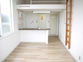 https://image.rentersnet.jp/cb48d7f7-4d0b-45e6-8024-a76a03a3480a_property_picture_957_large.jpg_cap_居室