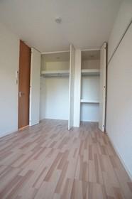 グランシャリオ 102号室
