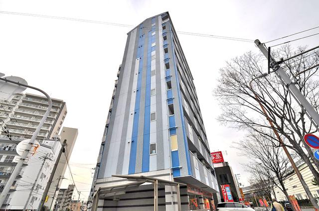 グランデージ長田東 シックな色合いで落ち着いた雰囲気のマンションです。