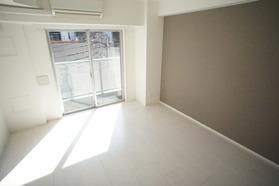 https://image.rentersnet.jp/cbec452d-f8aa-4cd0-a1c3-2b3419c96238_property_picture_2987_large.jpg_cap_居室
