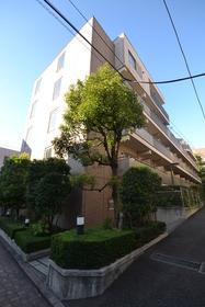 AZ本郷菊坂