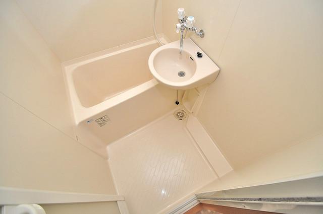 グランミサ公園前 ちょうどいいサイズのお風呂です。お掃除も楽にできますよ。