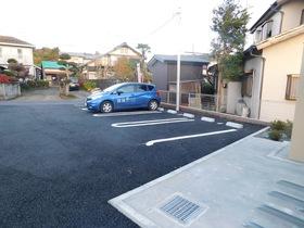 オーブH駐車場