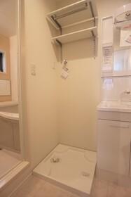 ソフィアコートA 102号室