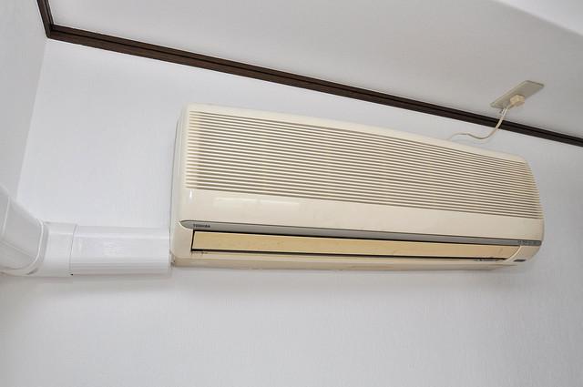 大宝小阪ヴィラデステ エアコンがあるのはうれしいですね。ちょっぴり得した気分。