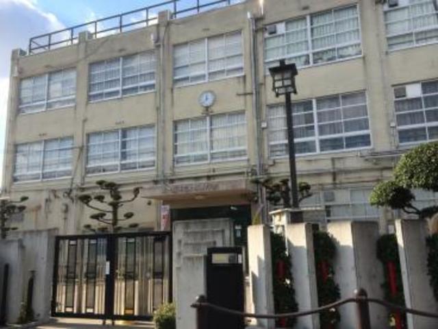 横沼町3丁目貸家 小阪小学校