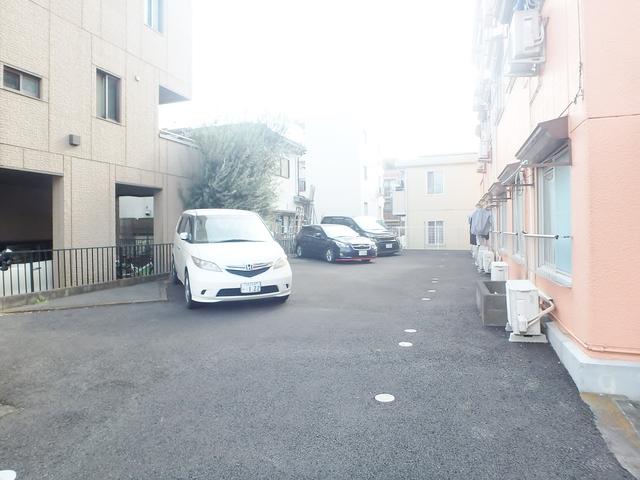 YORIYA第2マンション駐車場