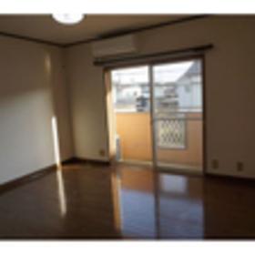 https://image.rentersnet.jp/ccb977c8-edc0-4a42-9008-5de239accc0e_property_picture_953_large.jpg_cap_居室