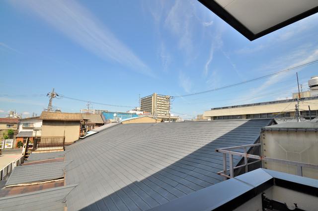 グランドール永和 この見晴らしが日当たりのイイお部屋を作ってます。