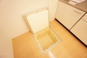 https://image.rentersnet.jp/cd3ff9d8-44cd-4c6b-b966-060810709ada_property_picture_9494_large.jpg_cap_居室