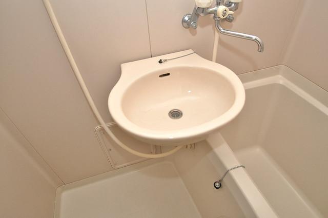 スリーゼ菱屋西 可愛いいサイズの洗面台ですが、機能性はすごいんですよ。