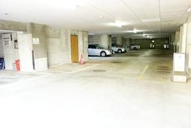 https://image.rentersnet.jp/cd9b4f58b6d6992009eb0876728c8c03_property_picture_955_large.jpg_cap_駐車場